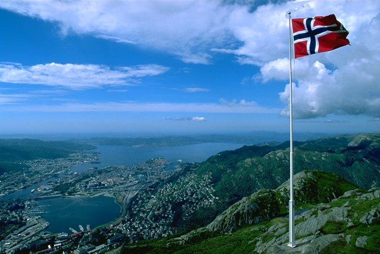 Норвегия впервые с 2012 года опередила россию по поставкам газа в западную европу на интервале более одного квартала