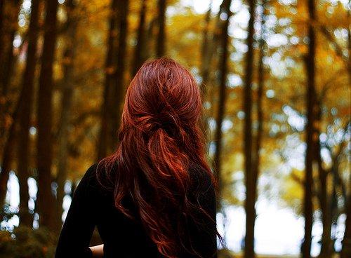 Рыжие девушки вид со спины